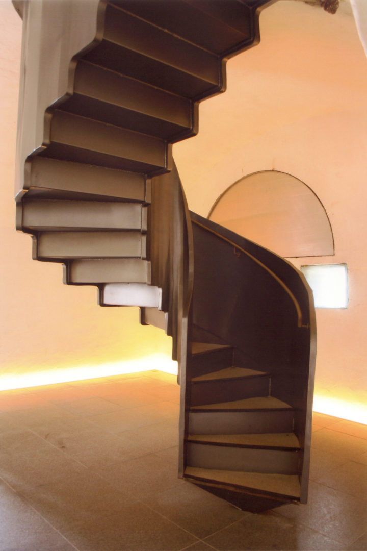 escalier-cenothaphe-saint-mathieu