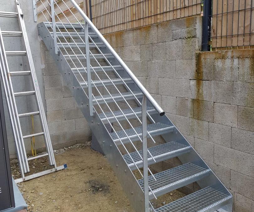 Escalier métallique extérieur Plougonvelin