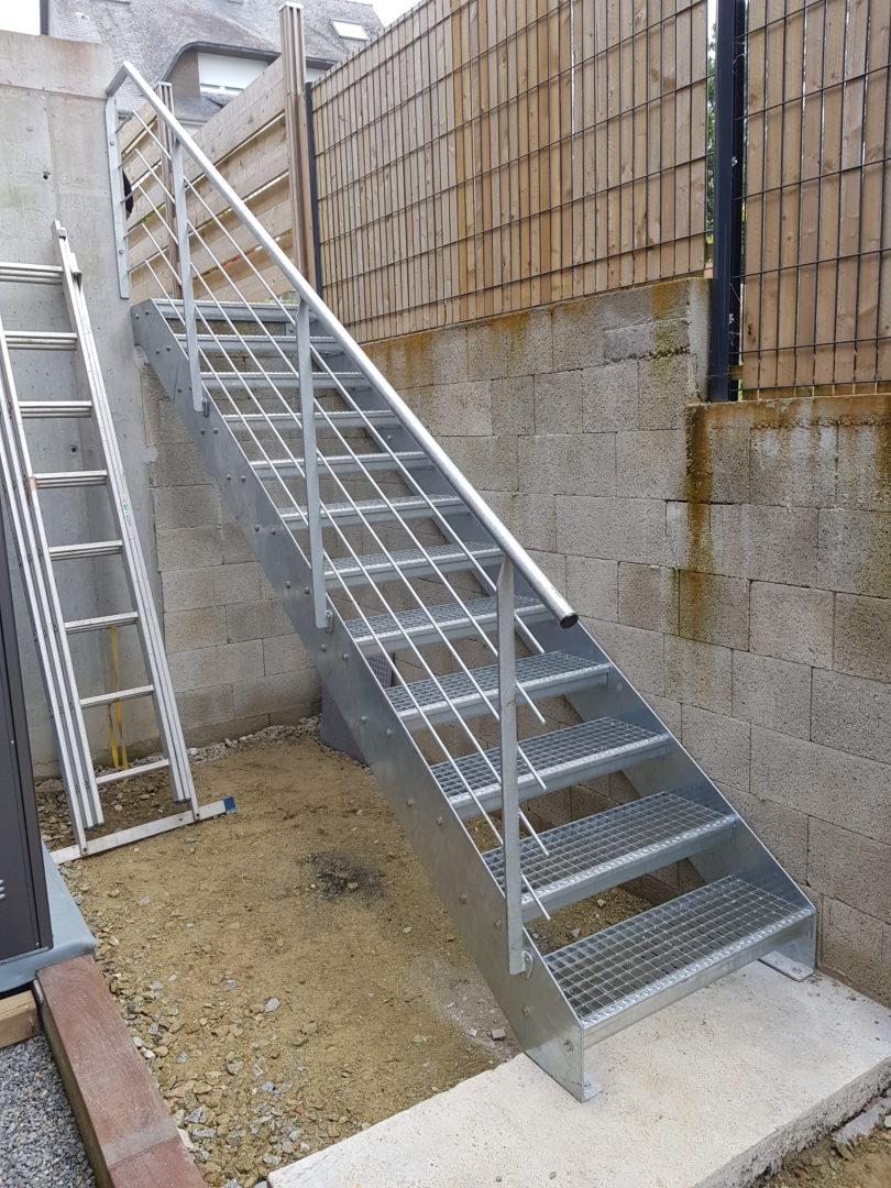 Escalier-metallique-exterieur-Plougonvelin-2