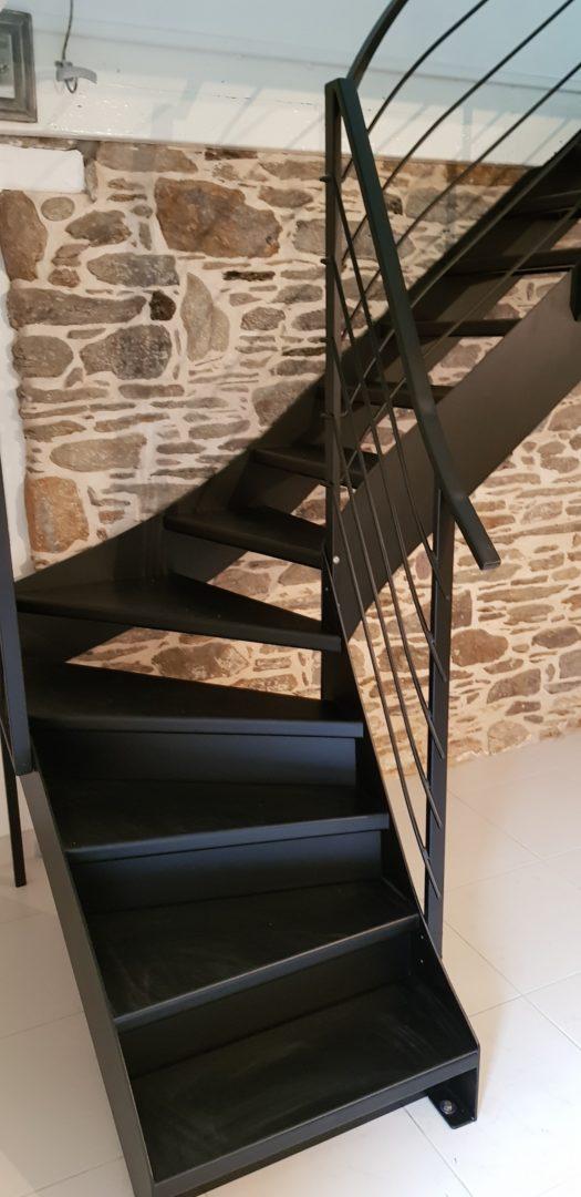 Escalier-metallique-interieur-Le-Conquet-2