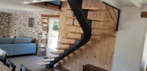 Escalier-mixte-metal-bois-Plomoguer-300x146